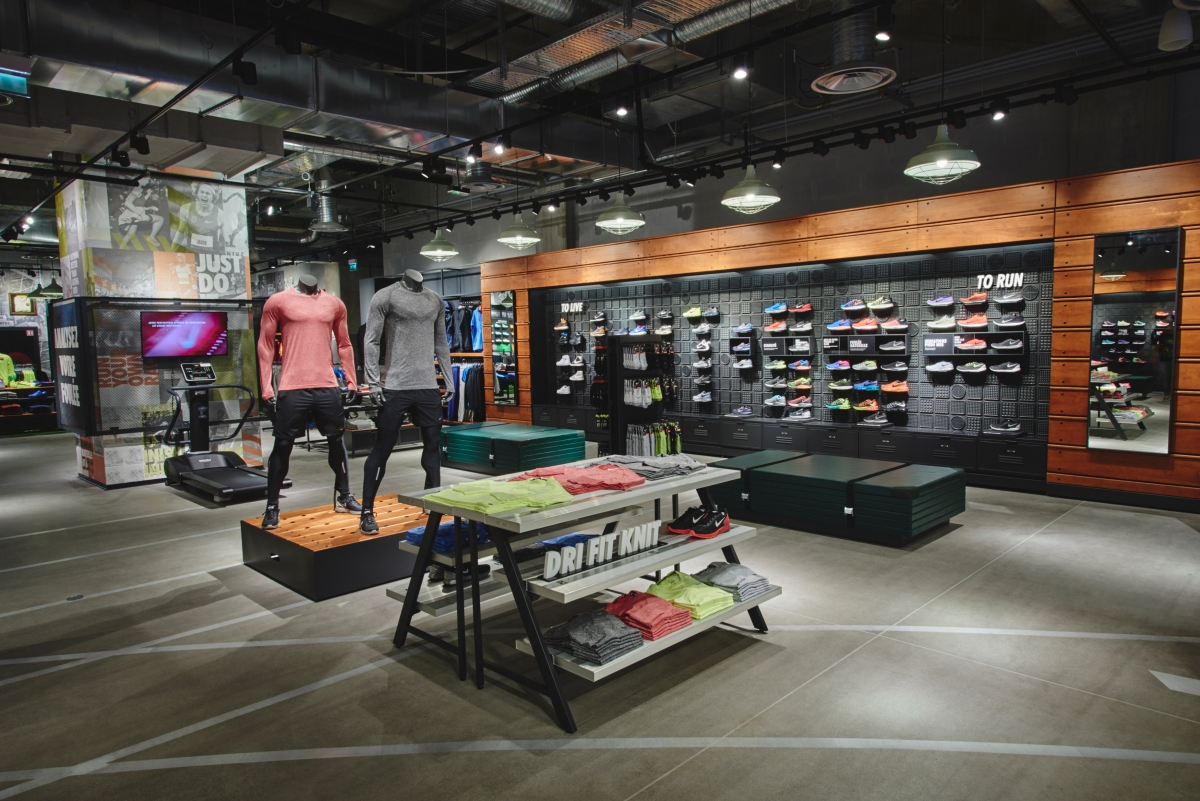 boutique nike oparinor